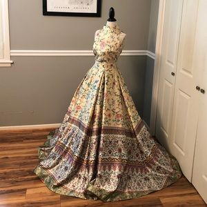 NEW SHERRI HILL ASIAN INSPIRED TWO PIECE BALL GOWN